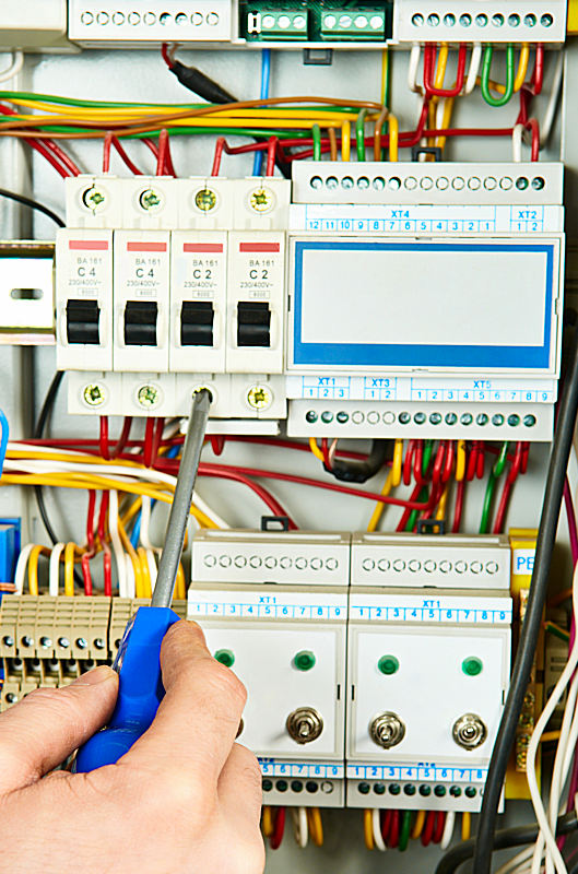 Electrical web design for contractors and trades people.